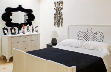 Camera nero su bianco