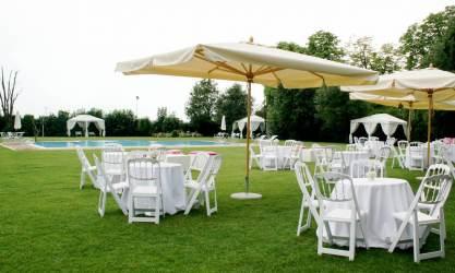 Allestimenti matrimonio area piscina