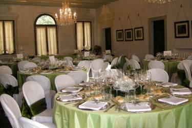 allestimenti in verde sala interna al primo piano